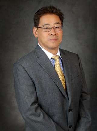 Head shot of Dr. Meng